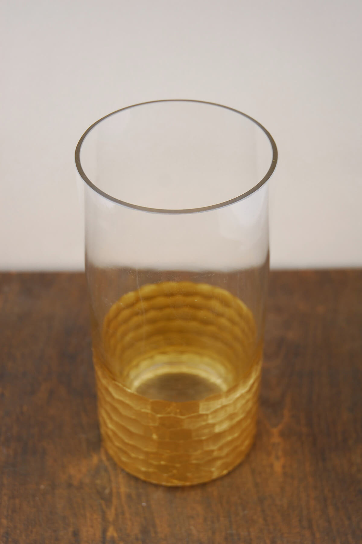 "Gold Honeycomb Cylinder Vase 8"" x 4"""