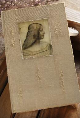 DaVinci Isabella d'Este Burlap & Wood Book Box