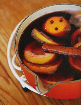 DIY Make Ted's Mulled Wine