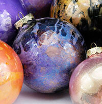 DIY  Paint Clear Glass Ornament Balls with Pearl Ex