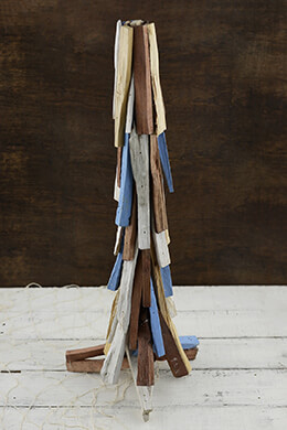 Driftwood Christmas Tree 24in