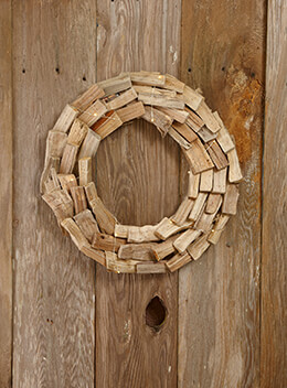 LED Driftwood Wreath 18in