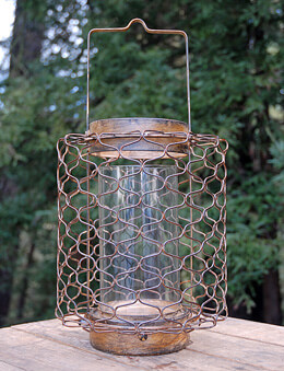 Escate Wire Hurricane Lantern 11.75in