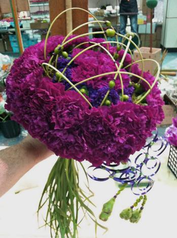 Round Bouquet Holder 7.5in