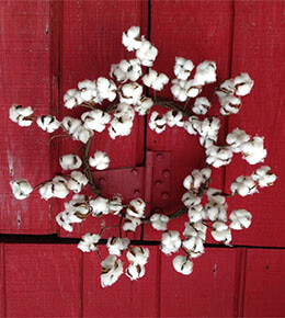 Faux Cotton Wreath 22in