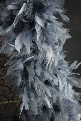 "Feather Boas Silver Gray Thick Feather Boas (9"" width) Chandelle 80 gram"