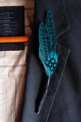 6 Feather Boutonnieres Goose Green Turquoise