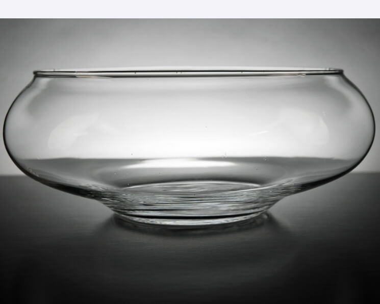 Floating candle glass bowls in