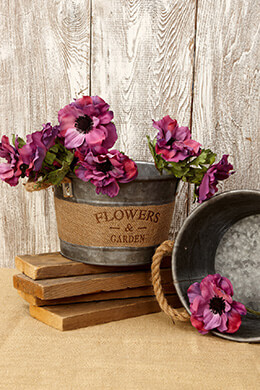 Galvanized Bucket with Burlap 5.75in