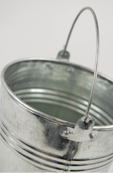 "Galvanized 8.5""  Flower Bucket 8.5in with handle"