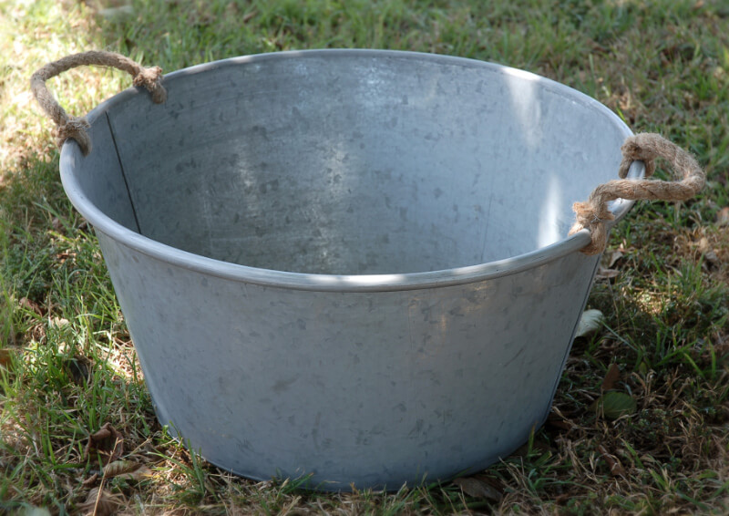 Galvanized Metal 25 Inch Large Beverage Tub Rope Handles