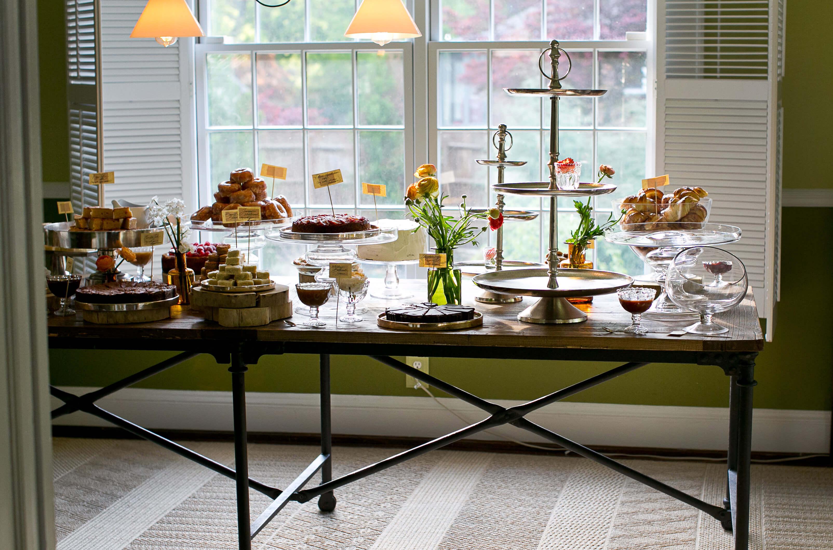 3-Tier Metal Dessert Stand 20in, Penelope Table