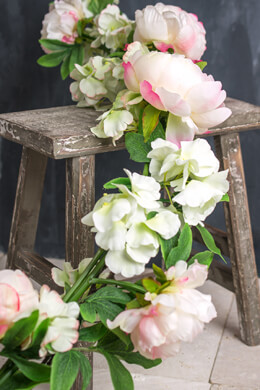 Deluxe White & Pink Peony and Hydrangea Garland 5 Feet
