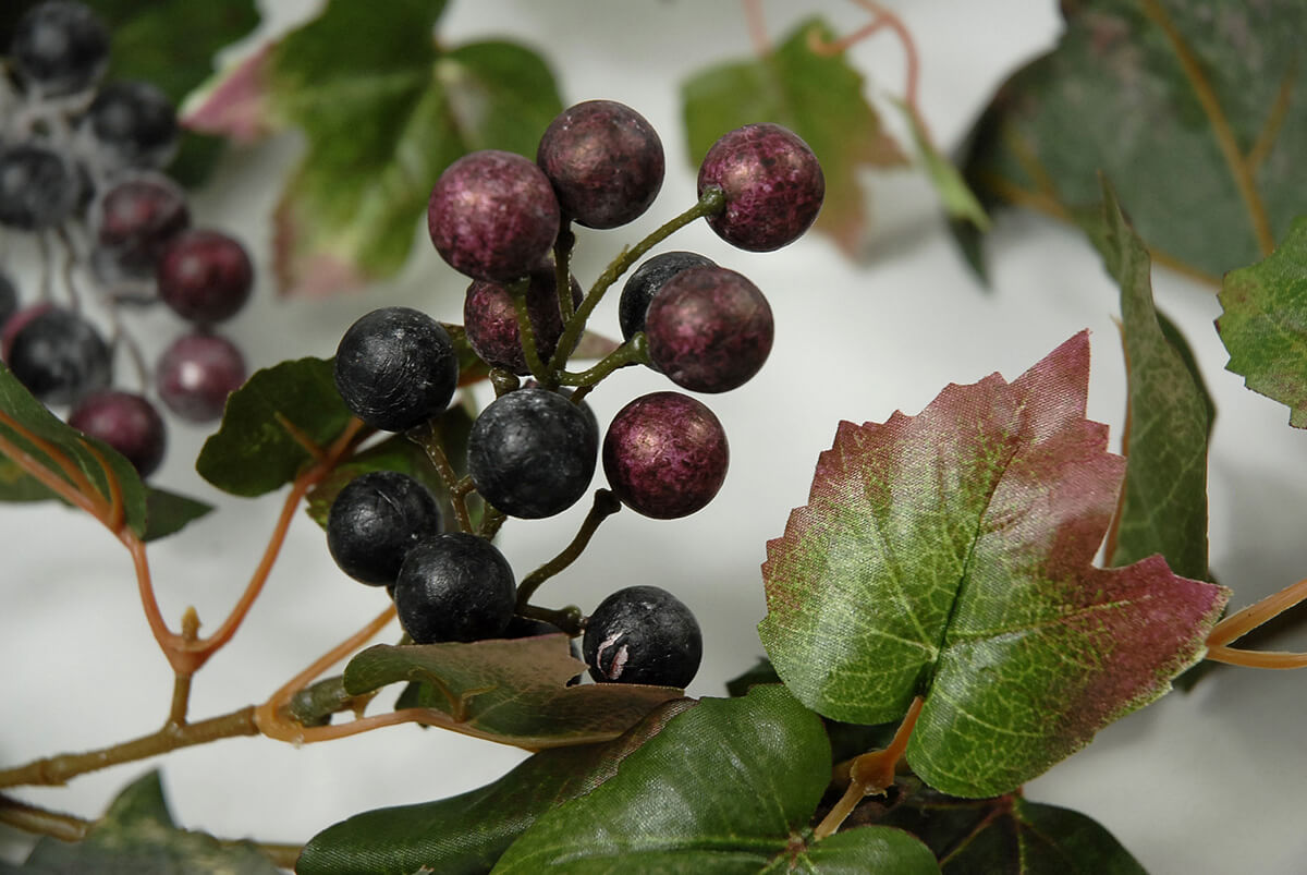 6' Artificial Grape Leaf Garlands