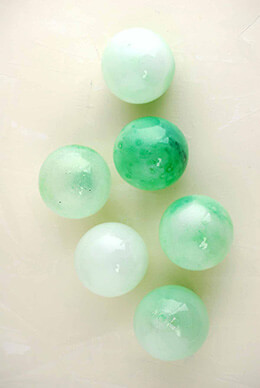 Glass Balls Mint 3in (Set of 6)
