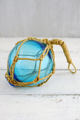 Glass Float with Rope Light Blue 4in