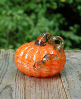 Glass Pumpkin Orange 5 x 4.25in