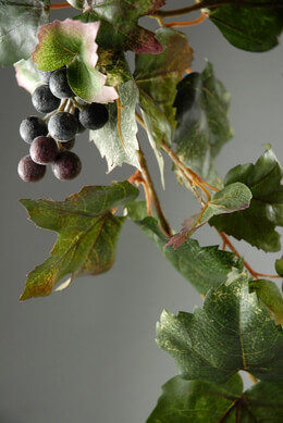 Grape Leaf Garlands 6 Feet with grape clusters