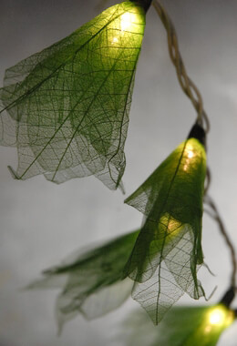 Green Flower Leaf String Lights 20 lights 8 Feet