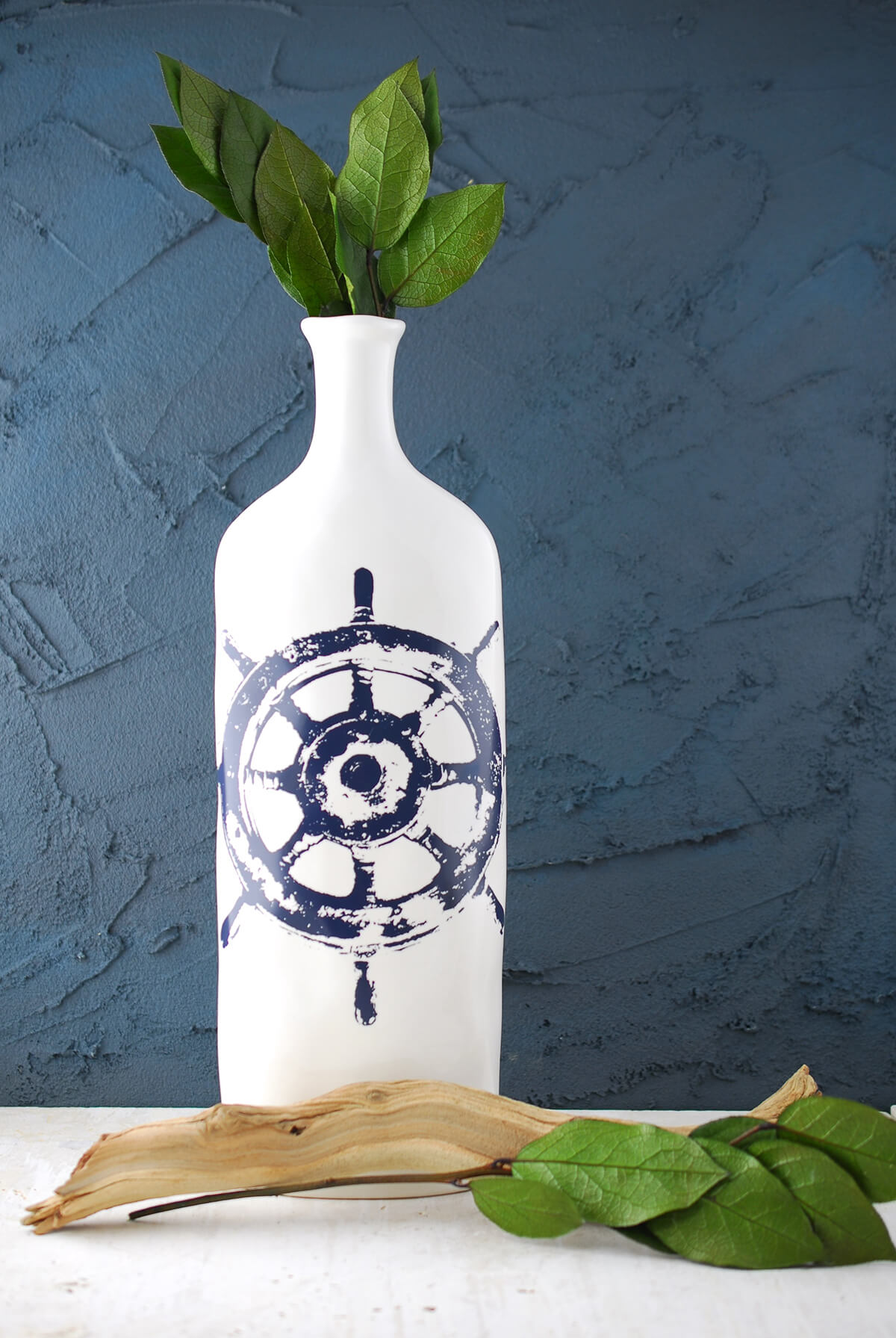 IMAX Haines Nautical Steer Vase