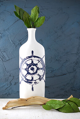 Haines Nautical Wheel Vase 15in
