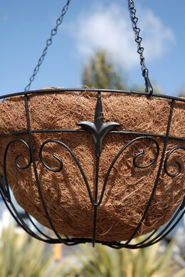 Black Metal Fleur de Lis Hanging Basket with Coco Liner
