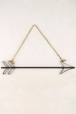 Hanging Metal Arrow 20in