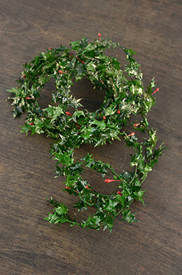 Holly Berry Garland 9ft