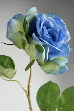 <font color=&quot;red&quot;><b>HOT BUY!</b></font> Blue Silk Roses ( 3-1/2&quot; rose head)