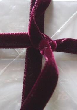Burgundy  Italian DF Velvet Ribbon11.5ft