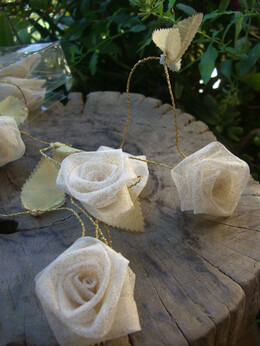Rose Garland Ivory Organza 9ft