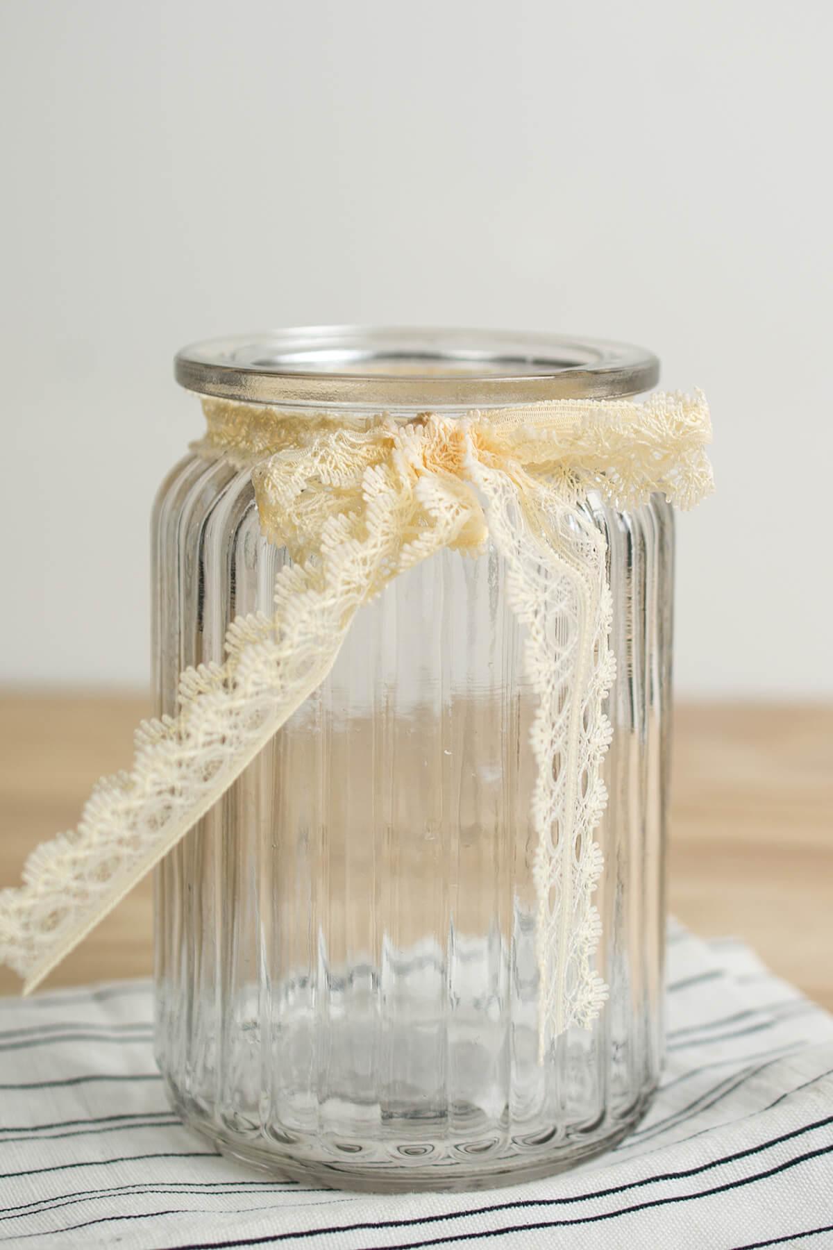 Lattice Glass Jar Vase 5.5in Ivory Lace Bow