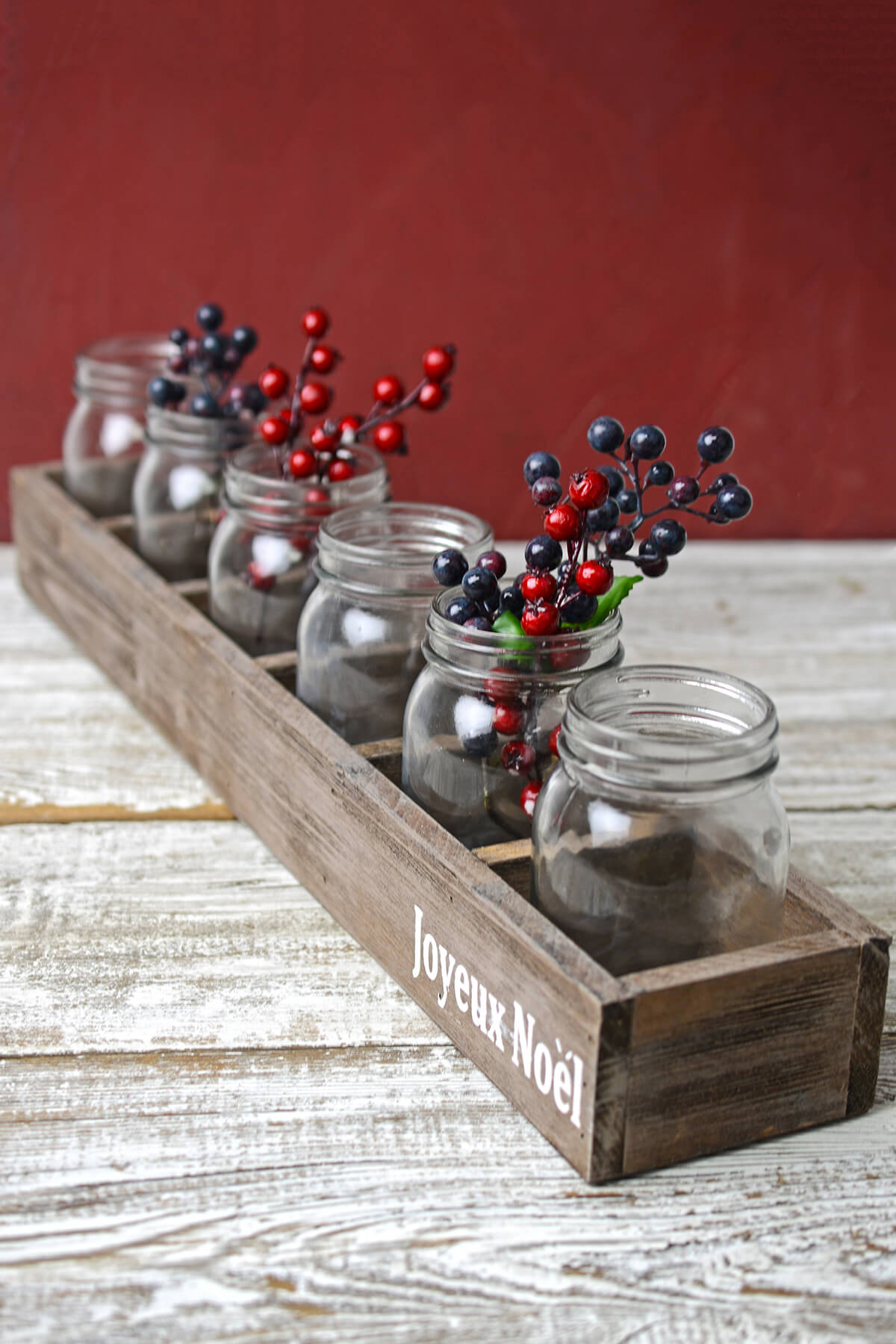 Wood Box with 5 Glass Mason Jars 23in