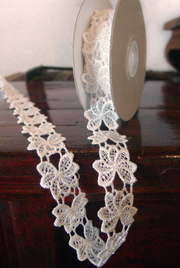 Floral Lace Ribbon Ivory 1in x 5yd