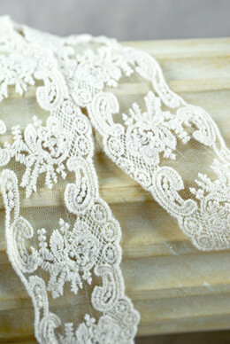 Lace and Tulle Trim Ivory 2.5in x 15yds