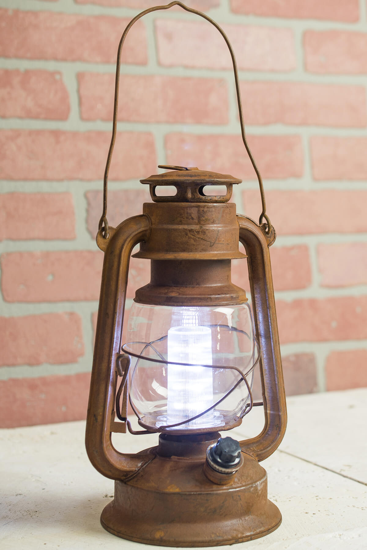 LED Rusty Railroad Lantern Battery Op 11in