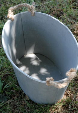 "Large 20"" Metal Tub with Rope Handles"