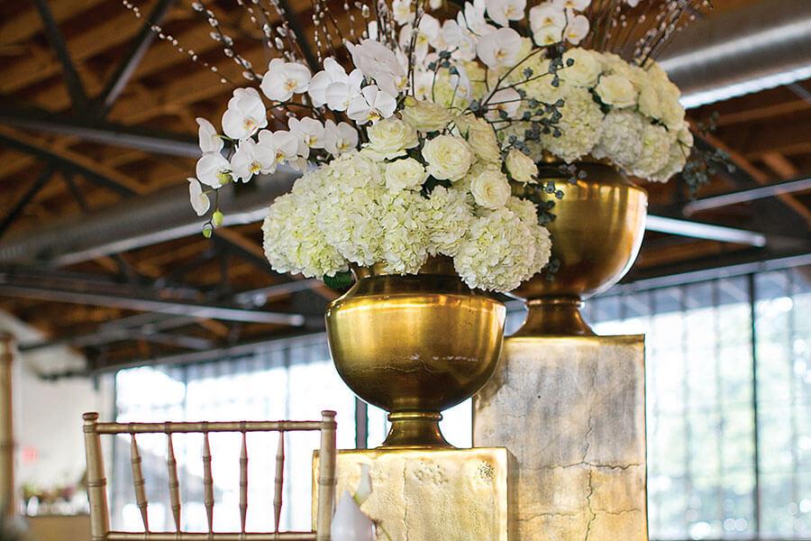 """Agra Large Gold Metal Urn Vase 15.25""""x 15.75"""