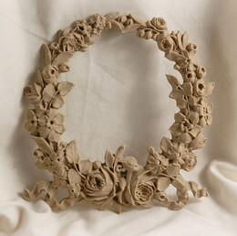 "Large Rose Floral 7.5"" Wreath Resin Applique"