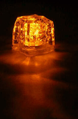 "8 Orange 1.5"" Light Cubes 3 function"