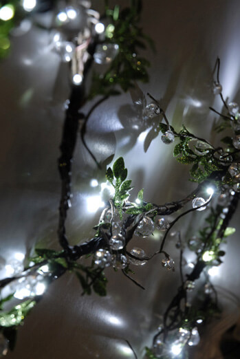 Lighted Crystal Bead & Leaf LED Vine Garland | Cool White