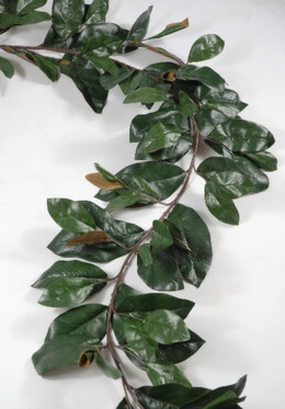 Deluxe Magnolia Leaf Garland  6' 109 leaves
