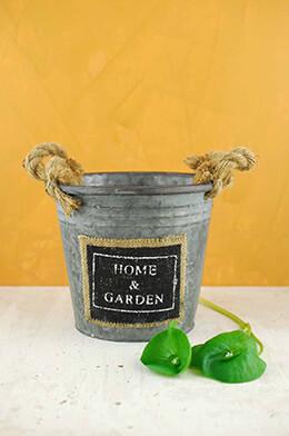 Metal Bucket Garden 6-1/8in
