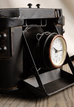 Metal Case Classic Camera Clock