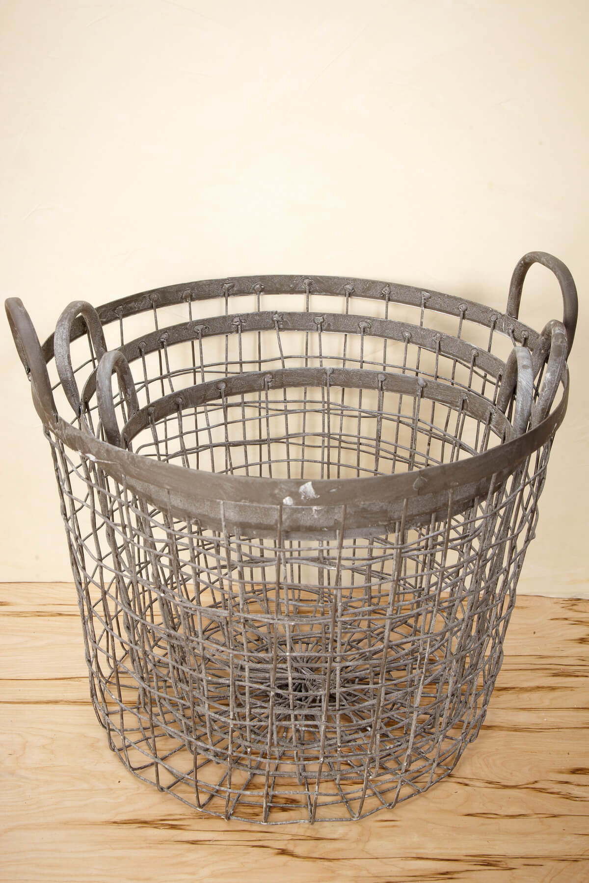 set of three industrial wire baskets 9 5 11 12 5. Black Bedroom Furniture Sets. Home Design Ideas