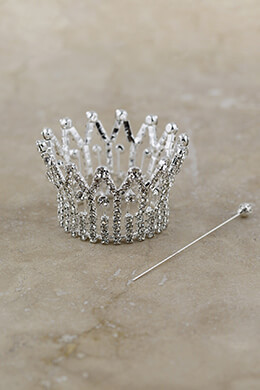 Mini Crown Silver 2.25x1.4in