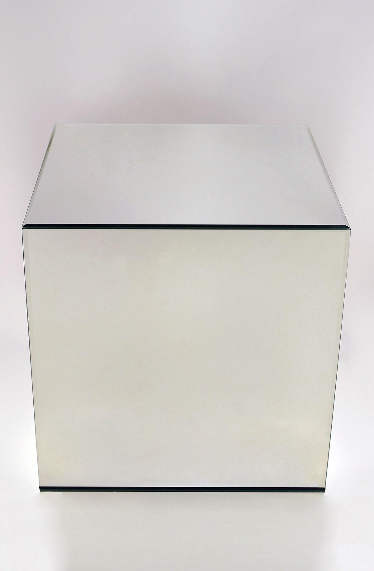 """Mirror Cube 12"""" x 12"""" x 12"""" Riser"""