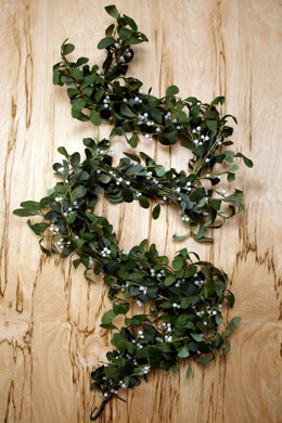 6' Silk Mistletoe Garlands
