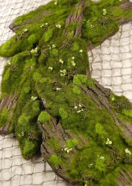 Artificial Moss & Bark 14in