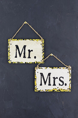 Mr & Mrs Signs Metal 6x4in